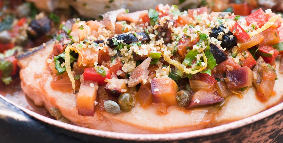Zwaardvis met frisse tomatensalsa
